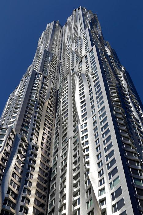 Spruce Street. En Nueva York, también conocida como Beekman Tower.