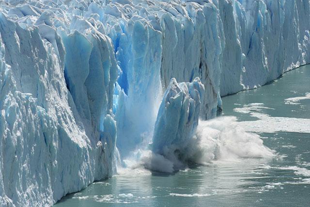 Melelehkan Kutub Utara dengan Tembok Laut dan Nuklir