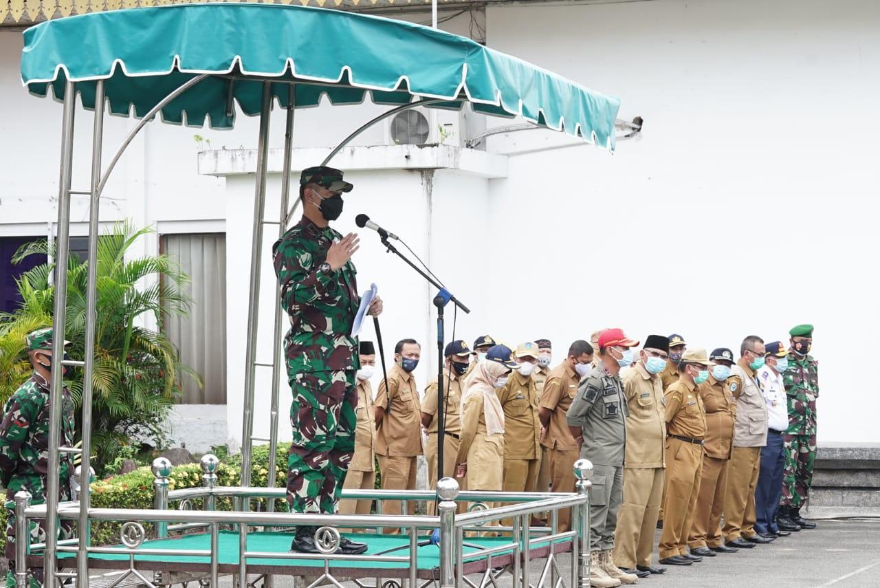Walikota Tebingtinggi Menghadiri Apel Pasukan Dalam Menegakkan Disiplin Covid-19 Menyambut Nataru 2021