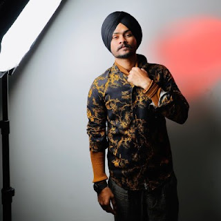 Himmat Sandhu whatsapp Number, Wiki, Girlfriend, Family, Height, Weight, Age, Biography & More