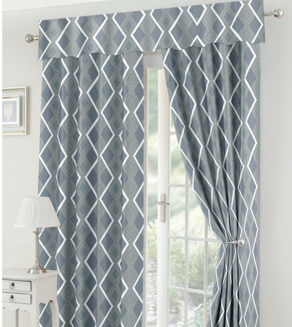 gray window curtain