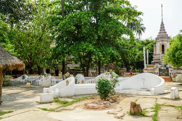 Vat Damrey Sar - Battambang - Cambodge