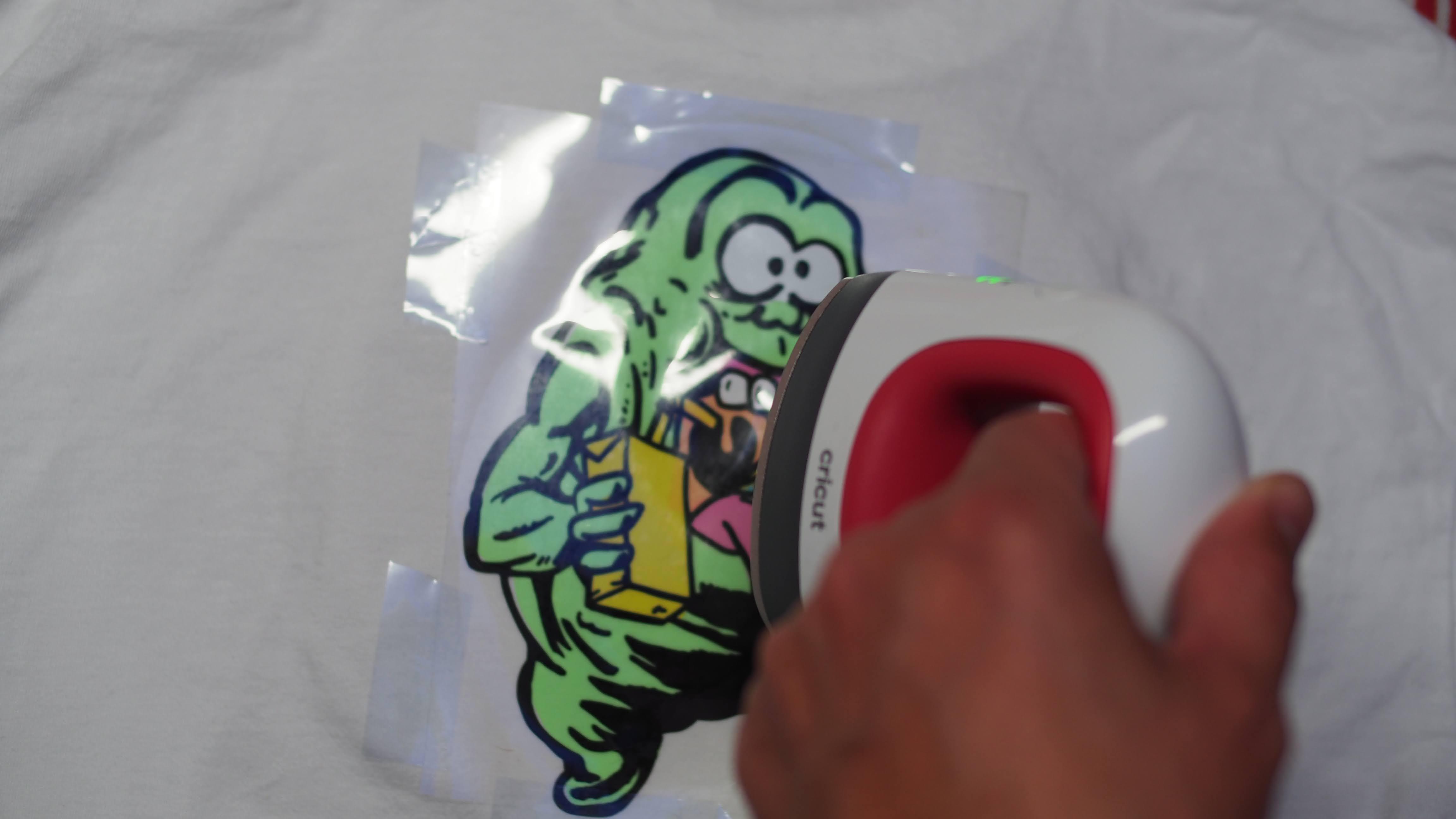 Slimer T-Shirt umgesetzt mit Cricut Joy