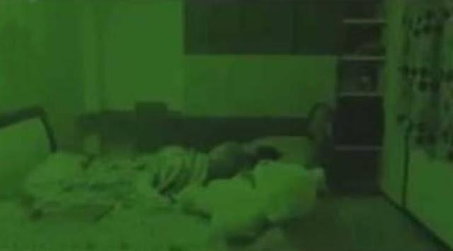 فيديو مخيف.. أثار هلع كل ماشاهده !!هل يمكنكم اكتشاف سر ما يحتويه هذا الفيديو ؟
