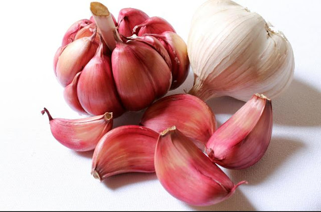 What happens if you consume garlic every day?