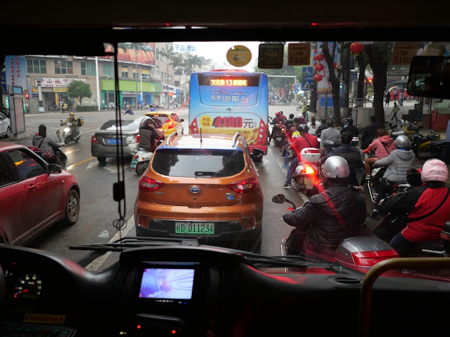 view from a Jumbo Wuzhou Bus on Fumin Road (阜民路)