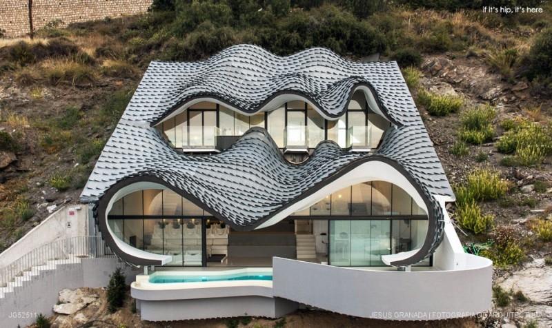 01-GilBartolomé-Pablo-Gil-Jaime-Bartolomé-Architecture-with-the-Casa-del-Acantilado-Cliff-House-www-designstack-co