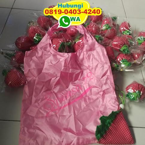 distributor souvenir pernikahan tas strawberry harga grosir