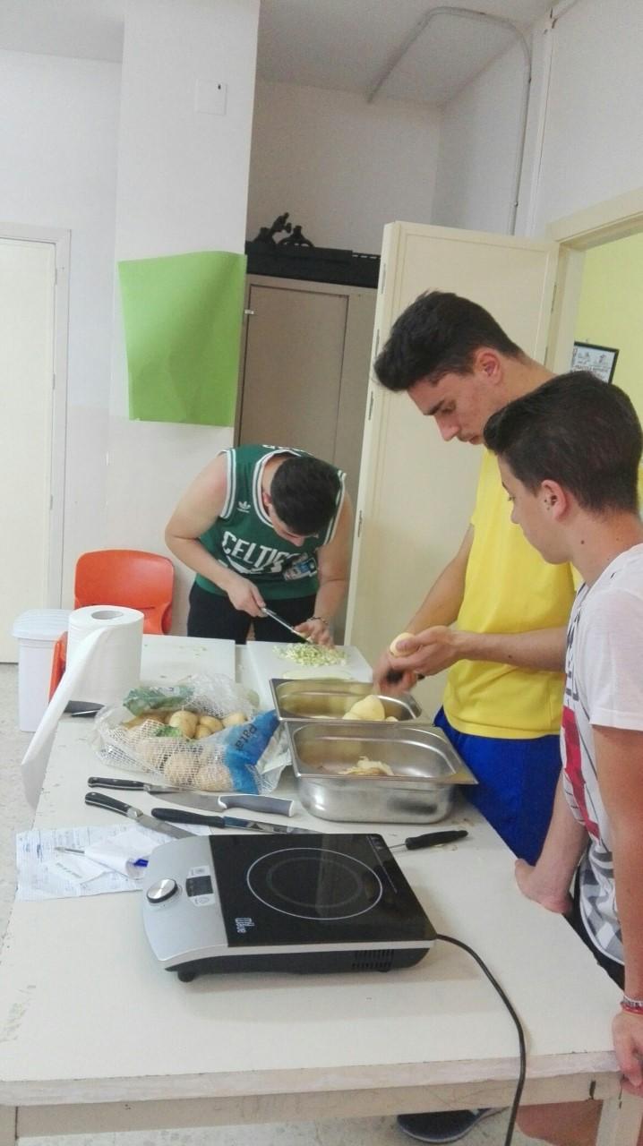 Abriendo caminos y ventanas orientando fpb formaci n for Formacion profesional cocina