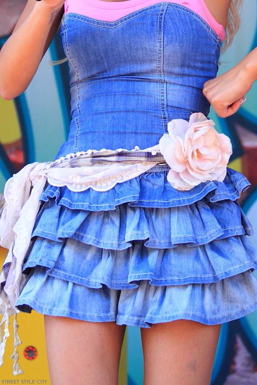 denim, look, outfit, ootd, dress, denimdress, street, style, fashion, streetfashion, streetstyle, candid, woman, dutch, city