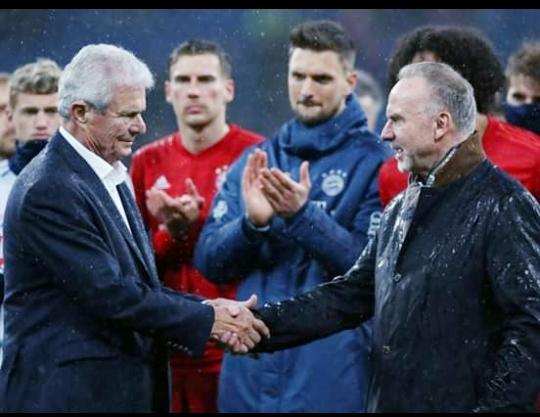 إعتذار رئيس نادى بايرن ميونيخ ولاعبيه  لمالك هوفنهايم بسبب إساءة الجماهير بحقه