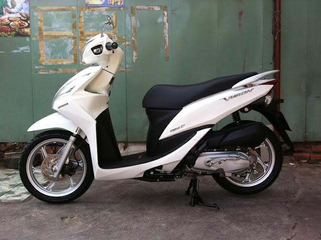 Sơn xe Honda Vision màu trắng zin cực đẹp