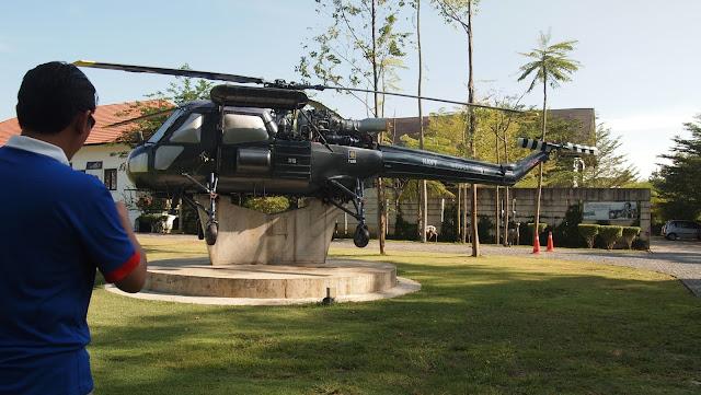 Helikopter Di Hadapan Muzium Sultan Abu Bakar
