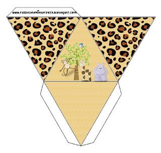 Caja con forma de pirámide de La Selva de Juguete.