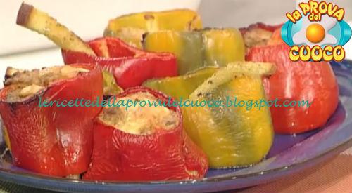 Peperoni ripieni di mortadella e salsiccia ricetta Persegani da Prova del Cuoco