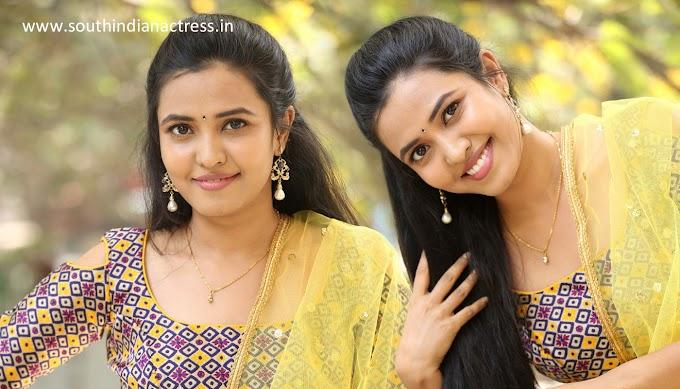 Actress Sunita Sadguru Latest Pics