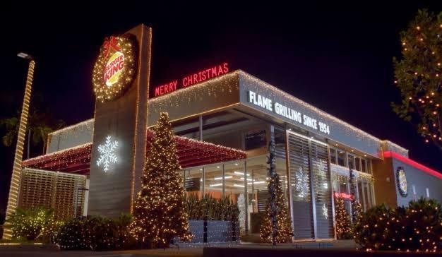 Burger King celebra la Navidad en julio para adelantar el fin del 2020; ha sido demasiado en este año