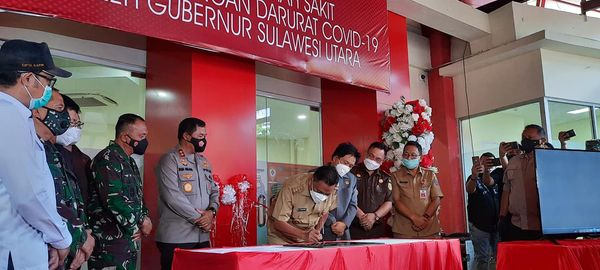 Olly Dondokambey Resmikan Rumah Sakit Lapangan Darurat Covid-19 di Sulut.lelemuku.com.jpg