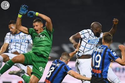 ملخص واهداف مباراة انتر ميلان واتالانتا (2-0) الدوري الايطالي