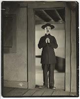 """Чарли Чаплин в """"Пилигриме"""". Фотограф: Джеймс Эббе - 11"""