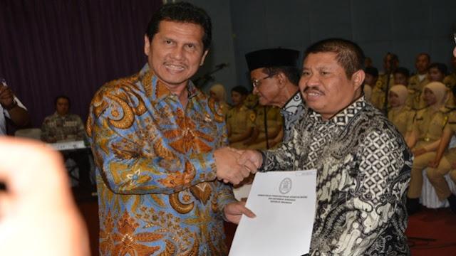 Mantap, Bupati Amril Mukminin Terima SK CPNS Lulusan STTD dari MenPan & RB di Bekasi