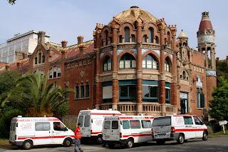 Больница Святого Павла (Hospital de la Santa Creu i Sant Pau)
