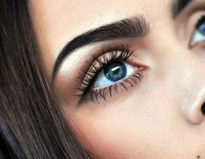 La vie maquiagem em tons de marrom for Tattooed eyebrows tumblr