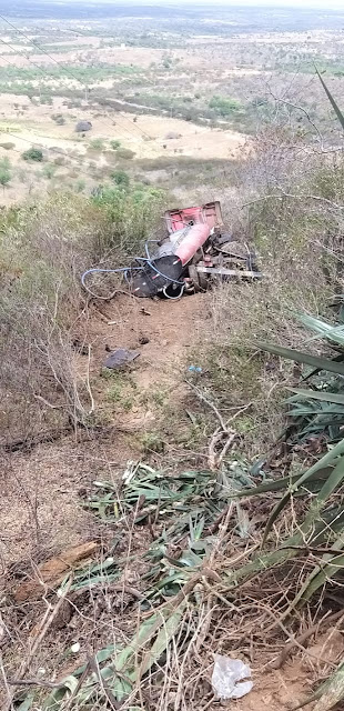 Acidente com caminhão pipa é registrado na ladeira do Campo Comprido em Cuité