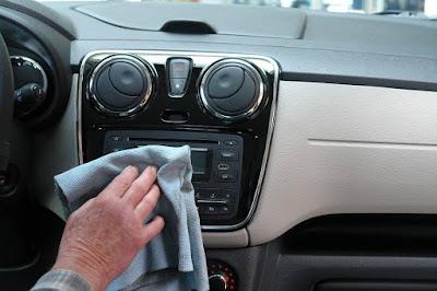 العناية المنزلية بالسيارة