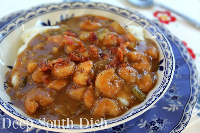 Deep South Dish Smothered Shrimp In Brown Gravy