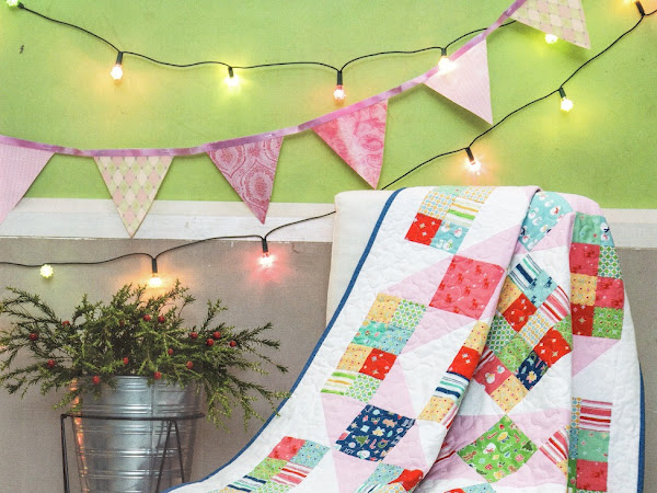 Keep Cozy at Christmas Quilt {free and easy quilt pattern}