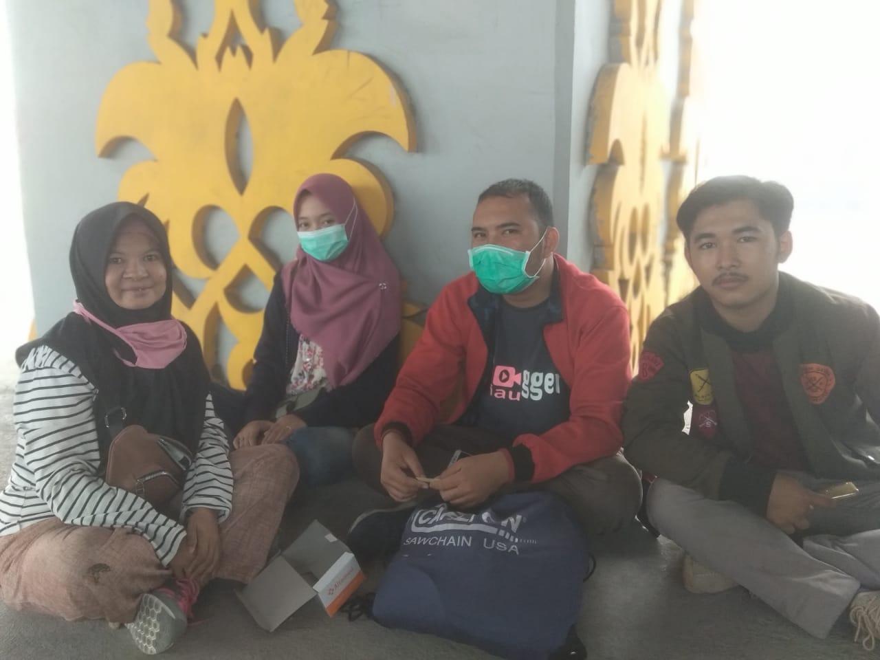 Kabut Asap Pekanbaru Makin Tebal, Para Conten Creator Bagikan 1000-an Masker Gratis