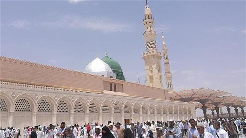 السعودية تعيد فتح المساجد لإقامة الصلاة اعتبارا من الأحد