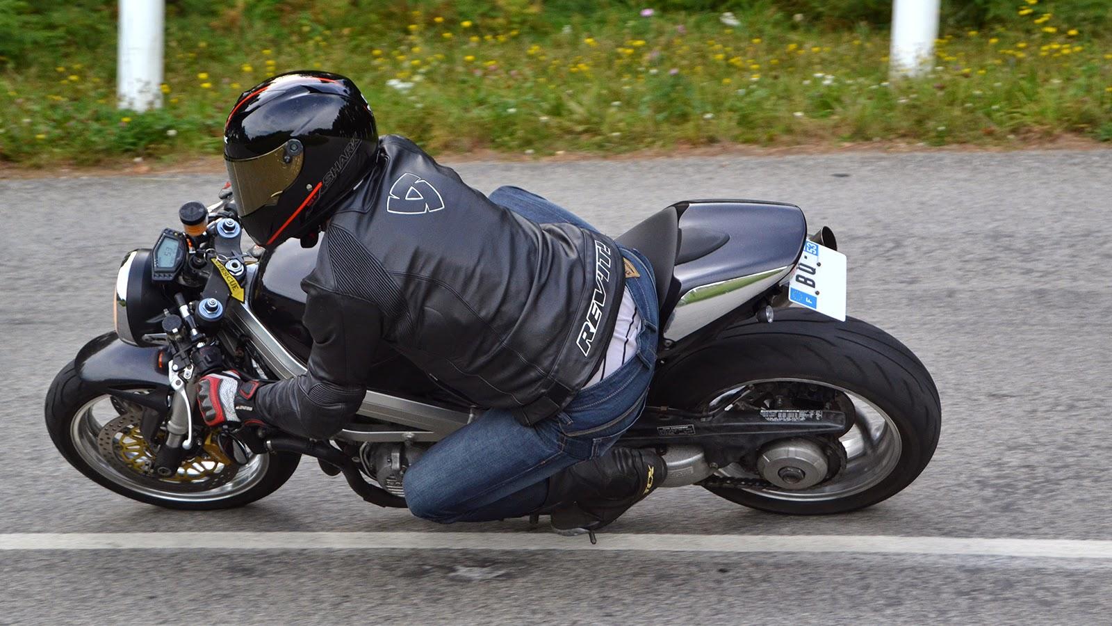 Honda Cb750 Cafe Racer >> Honda VFR 750 RC36 Cafe Racer | 99garage | Cafe Racers Customs Passion Inspiration