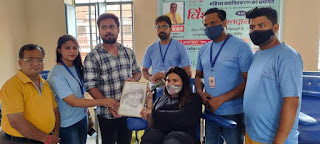 Jaipur News  blood donation camp organized by Meena Maa Charitable Trust for anemic women and women suffering from cancer jaipur news today डर mahesh joshi hawamahal