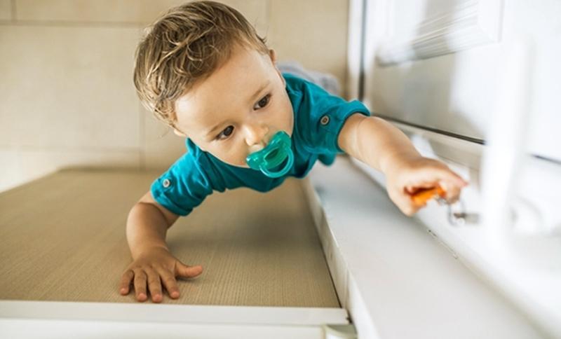 Ev kazaları çocukları kör bırakıyor, dikkat!