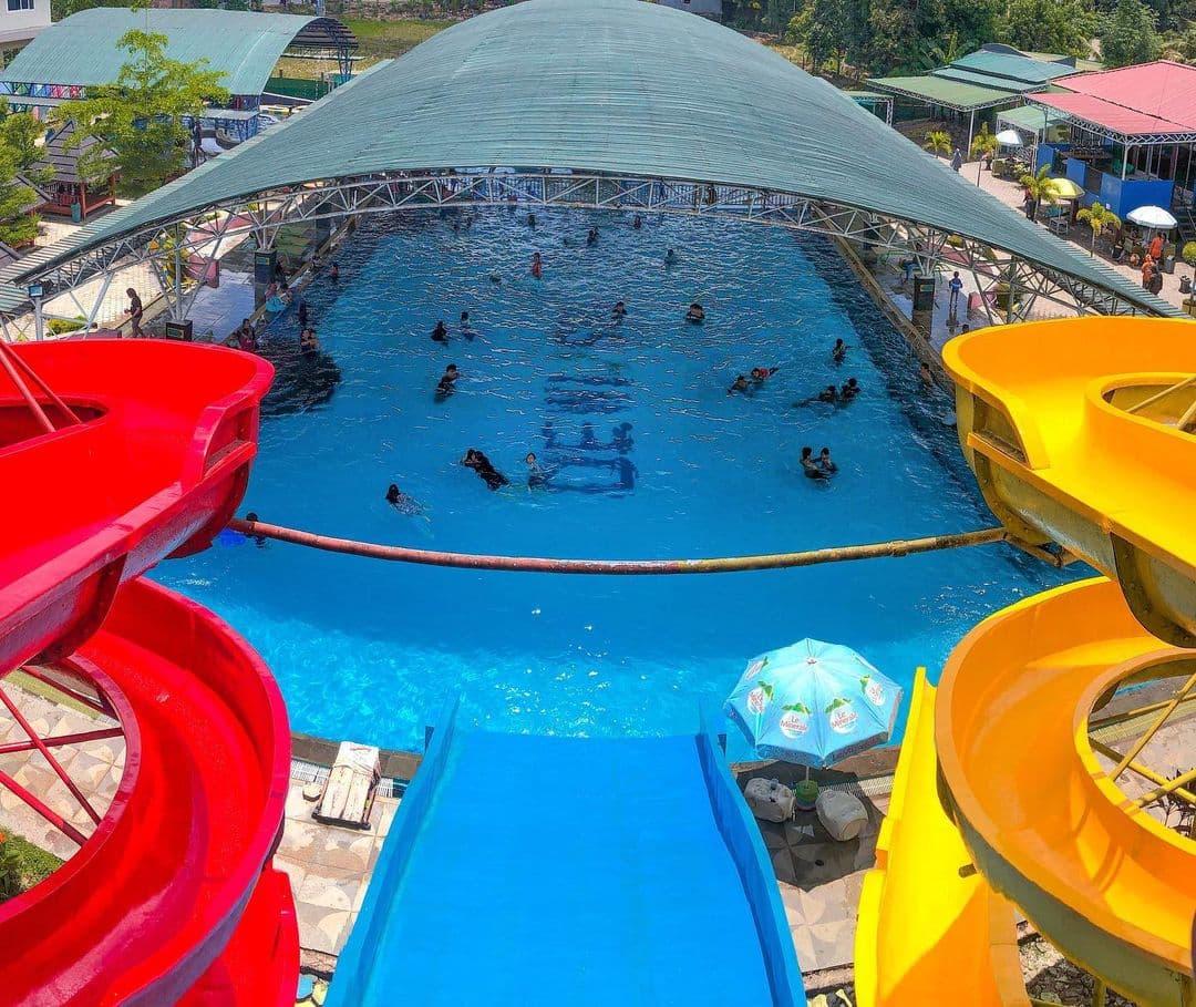 kolam renang dewi sri waterpark