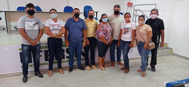 Representantes da Prefeitura de Caraúbas buscam regularização de terras para assentados