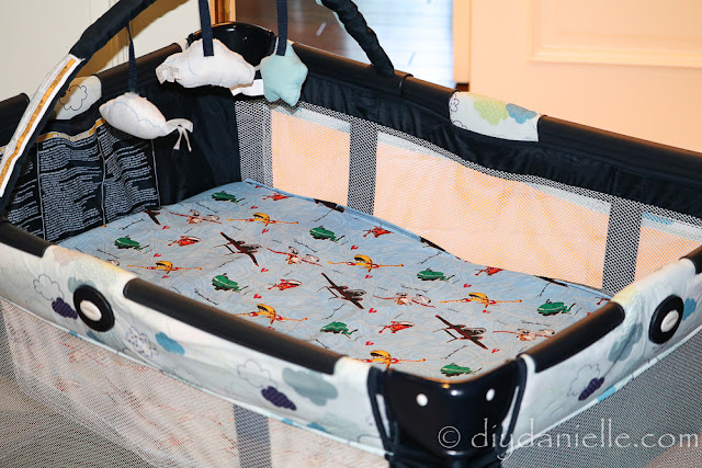 How to sew an easy pack n play sheet.