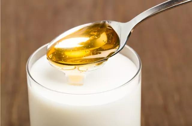 Amazing Health Benefits of Milk with Honey