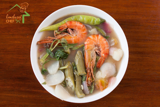 Sinigang na Sugpo (Prawns in Tamarind Soup)