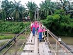 Jembatan Gantung Sungai Batang Pinaga Tunggu Korban Jiwa