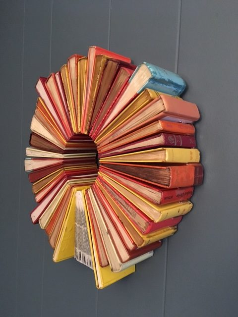 wb 8 - 10 Imagens da fantástica arte com livros de Jonathan Whitfill