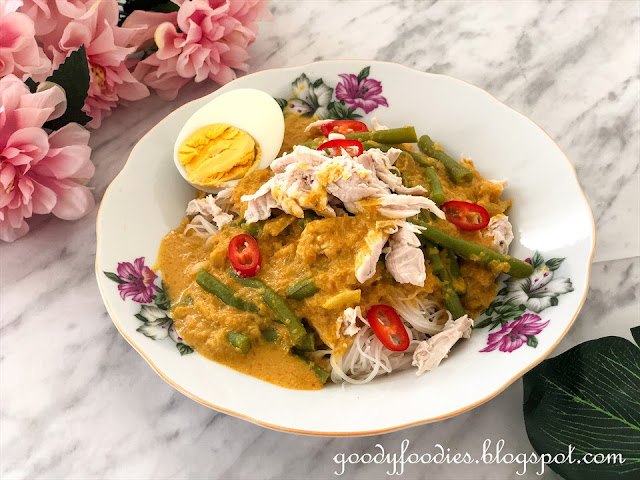 dry curry mee with chicken recipe