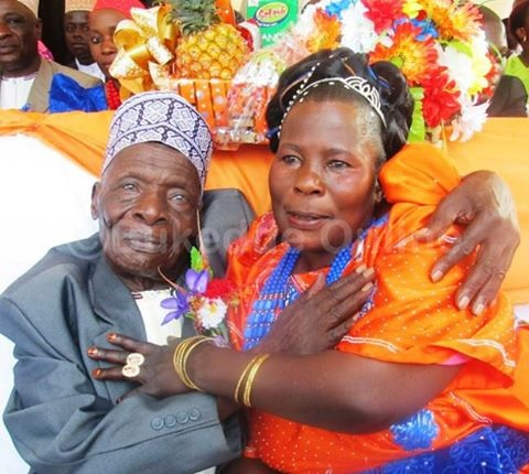 See the 30-year-old Woman Who Married a 100-year-old Man in Her Village