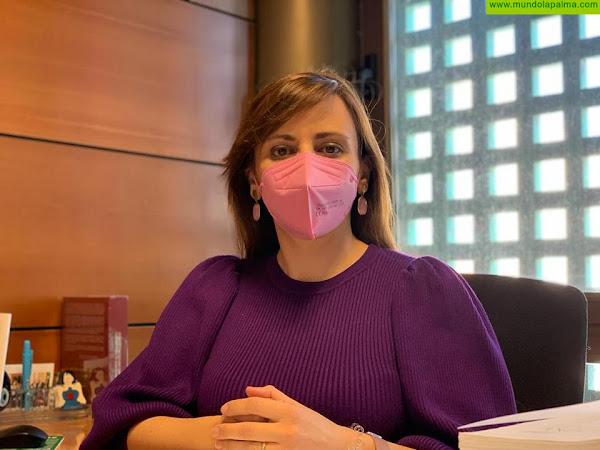 Nieves Lady Barreto logra el compromiso del consejero de Sanidad de cubrir la falta de especialistas en el Hospital para acabar con los retrasos en las consultas