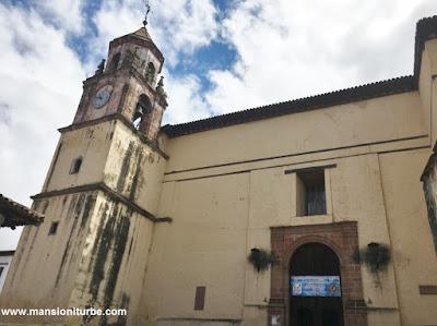 Templo de la Compañía en Pátzcuaro, Michoacán