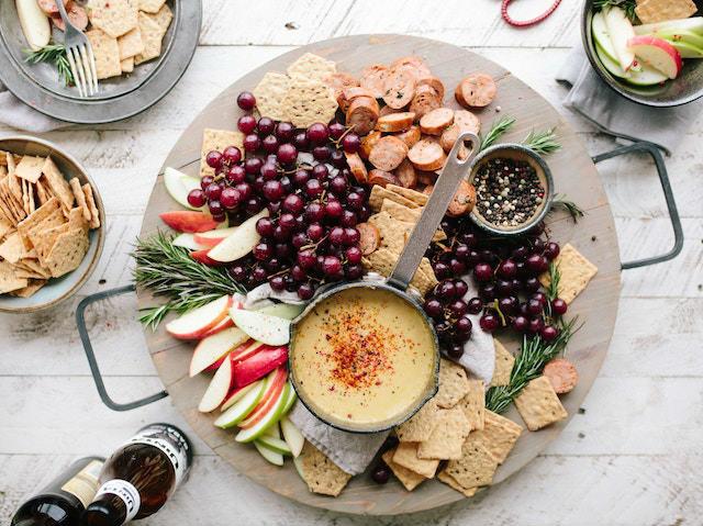 Tabla de fruta y queso