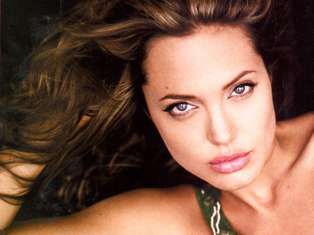 HD Wallpepars: Angelina Jolie HD Wallpapers(1)