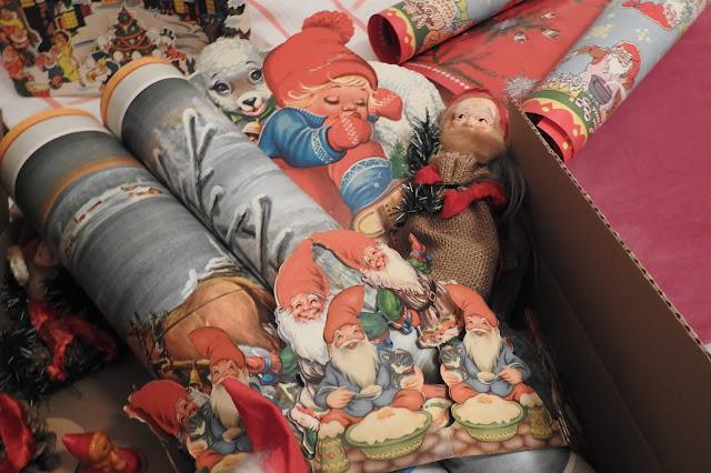 Weisten vanhat tontut, jouluaarteet, keräily, joulutaulut, Disney, tontut, tontturivit
